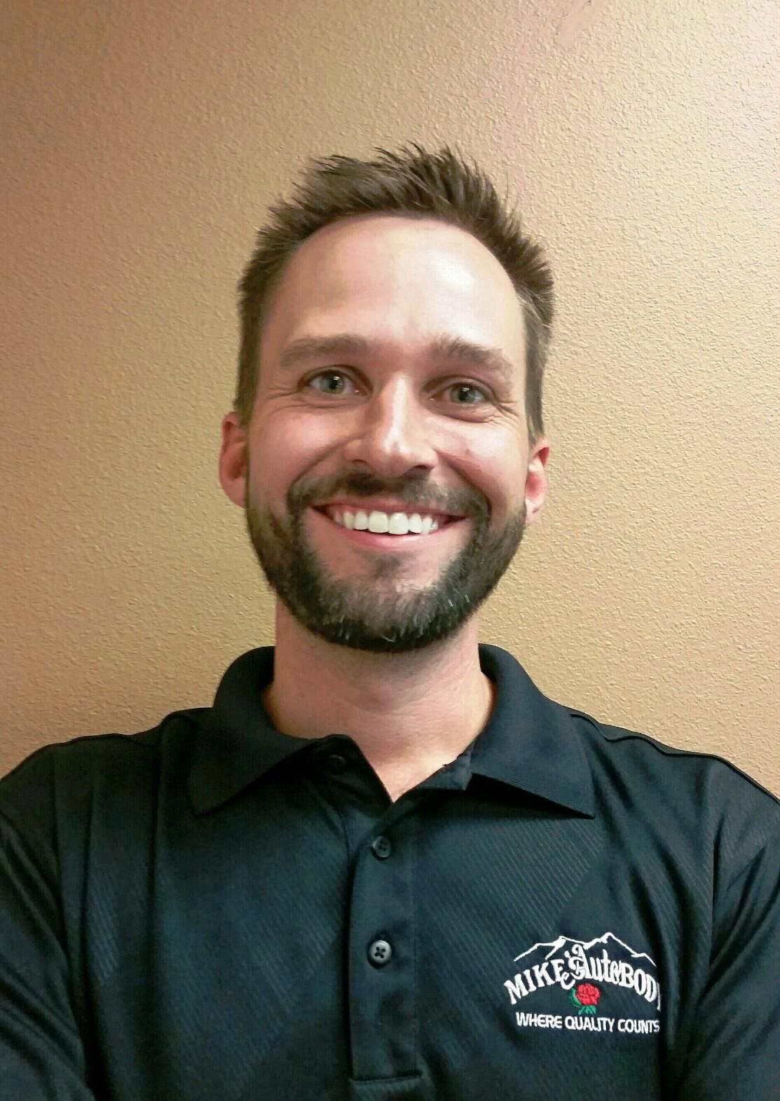 Mike's Auto Body Fairfield Location Manager
