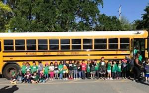 Mike's Auto Body Enables Kindergartners at Fair Oaks Elementary to Visit the Oakland Zoo